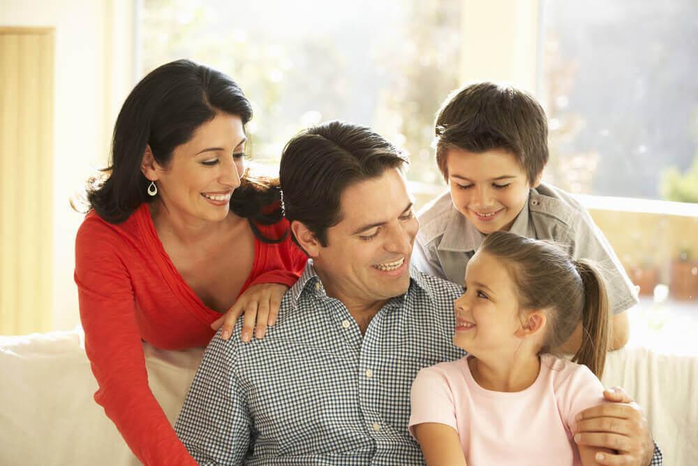 cliente de inmigracion con familia